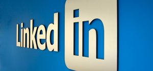 How to Make Money by Blogging on LinkedIn